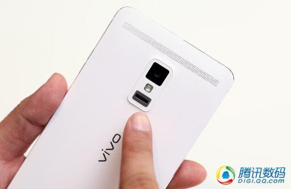 600x390xvivo-xplay-3s-fingerprint-scanner.jpg.pagespeed.ic.K0vgtJfv-L