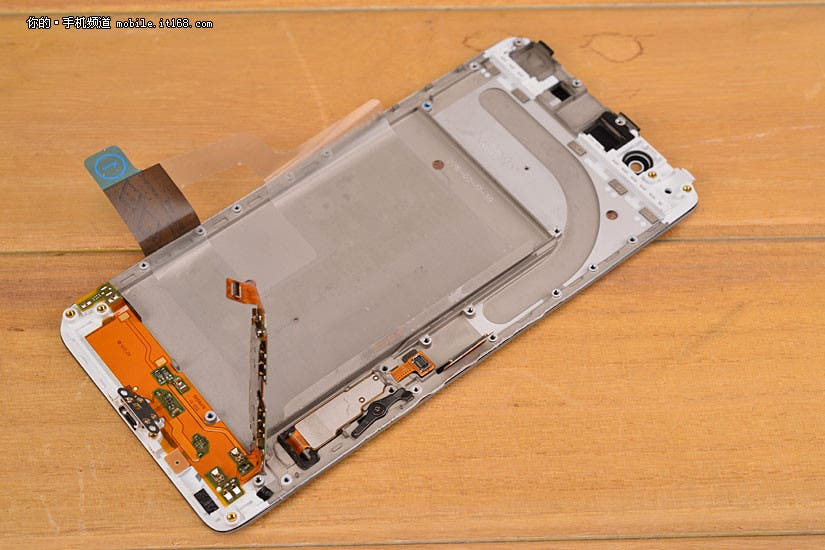 vivo XPlay5 teardown 17