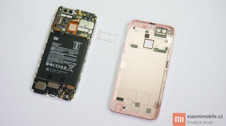 Xiaomi Mi A1 ve videu