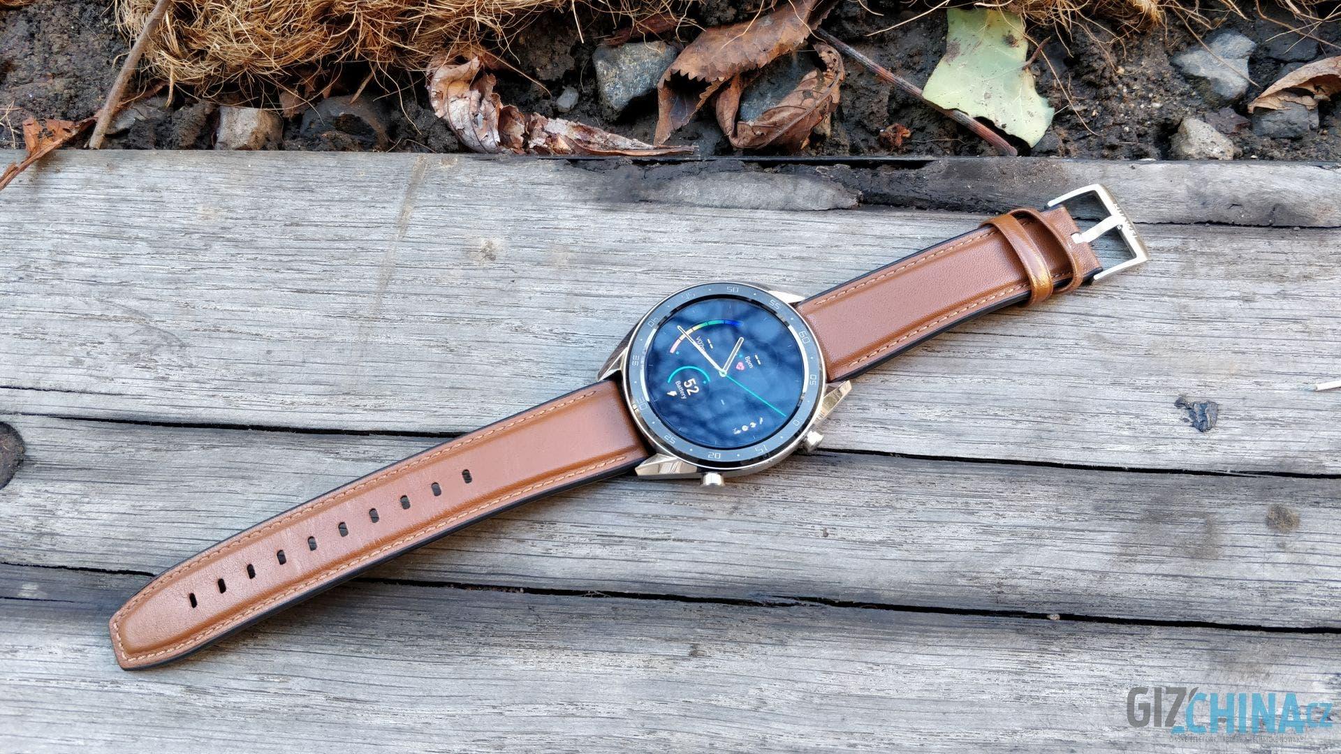 Na první pohled pěkné hodinky