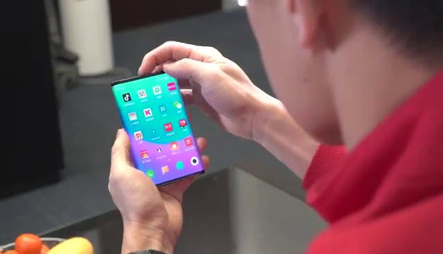 skládací telefon od Xiaomi