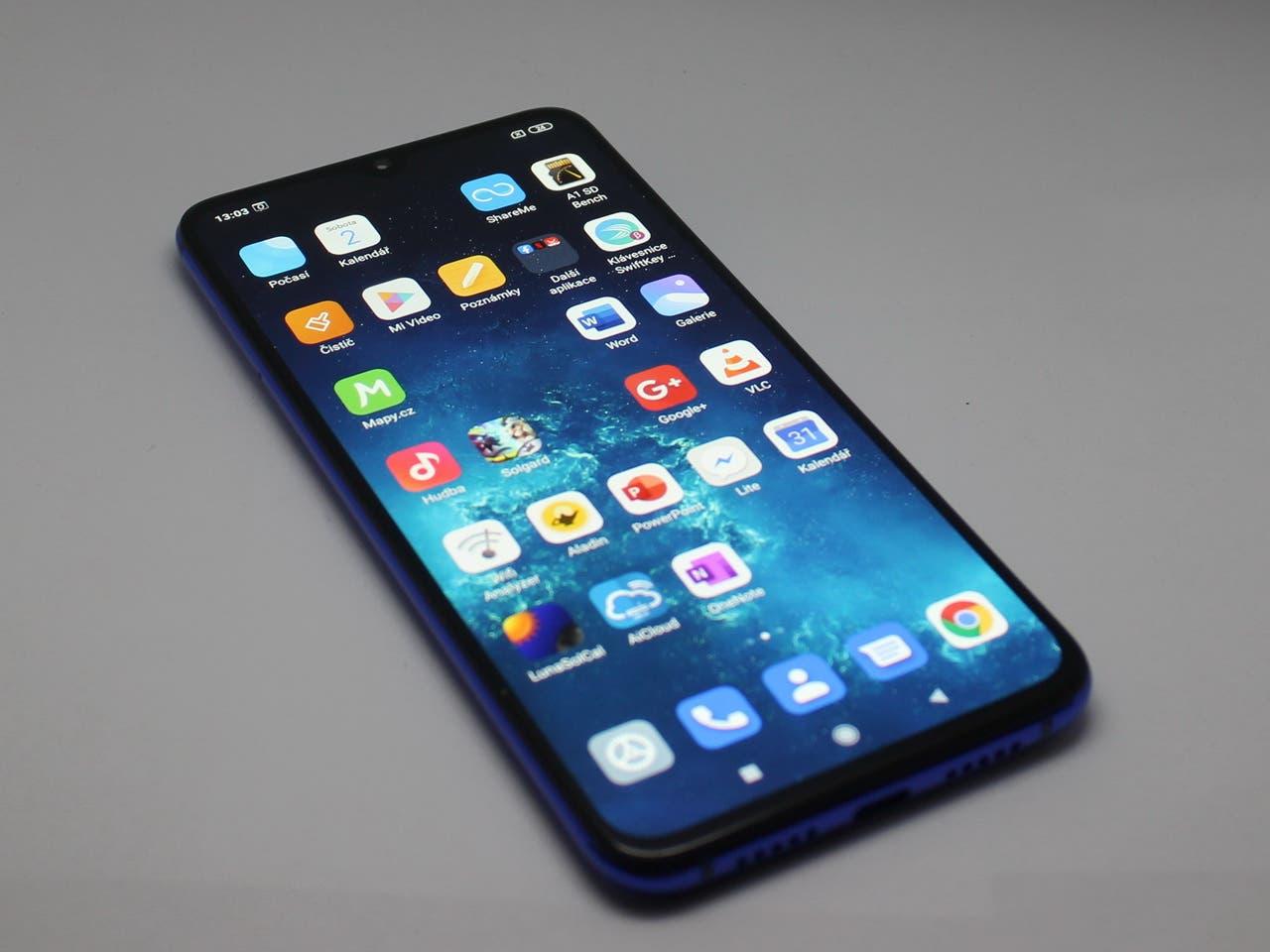 Recenze Xiaomi MI 9 LITE