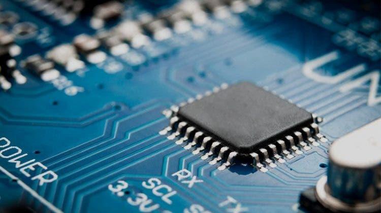 polovodičů